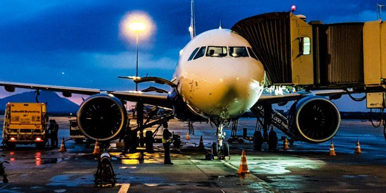 Notlagentarifvertrag für kommunale Flughäfen: Job sichern ...